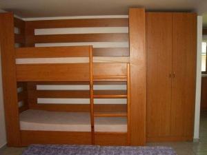 Ložnice poschodová postel